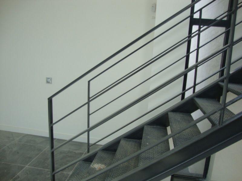 Escalier Acier Brut escalier en acier fer brut à peypin - fabrication produits dfci